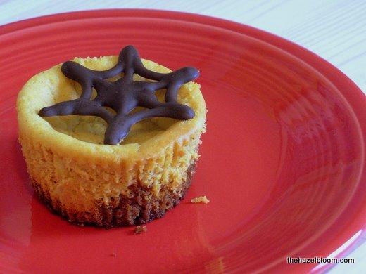 Pumpkin Ginger Mini Cheesecakes with Dark Chocolate