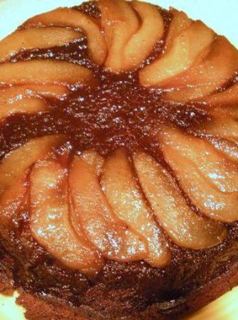 Gingerbread-Pear-Upside-Down-Cake