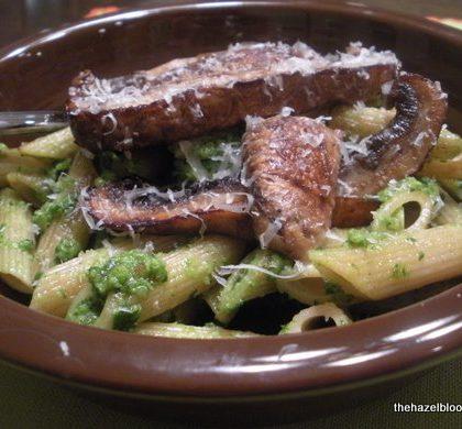 Spinach Pesto Pasta with Portobello Mushrooms or Bacon