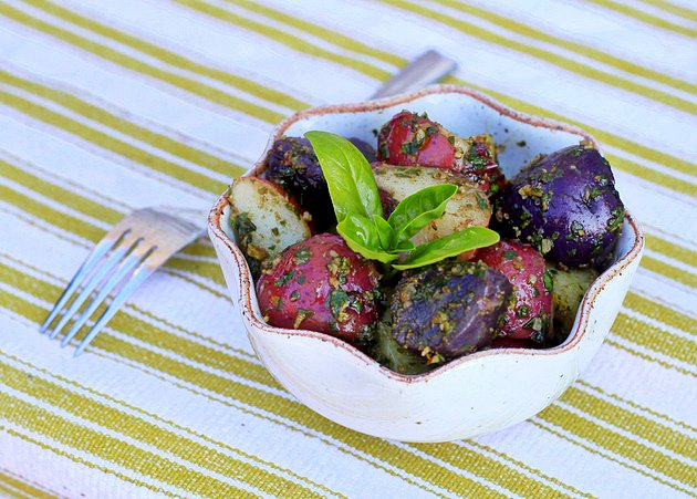 Tri-color potatoes with basil-pecan pesto | Kitchen Treaty