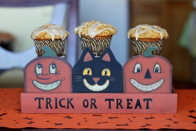 Glazed Maple Pumpkin Oat Muffins