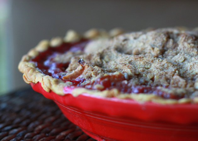 Deep Dish Apple Cranberry Pie With Oatmeal Pecan Crumb Topping