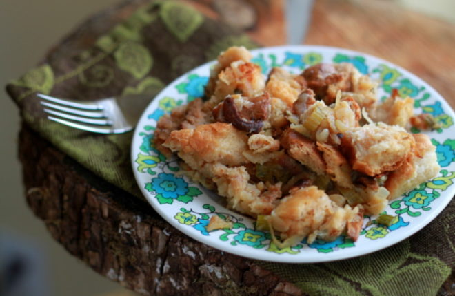 Vegetarian Stuffing Recipe with Caramelized Onions & Chanterelle Mushrooms | Kitchen Treaty