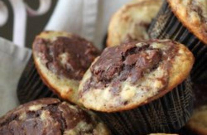 Chocolate banana marble muffins | Kitchen Treaty