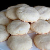 Glazed Vanilla Bean Cookies | Kitchen Treaty
