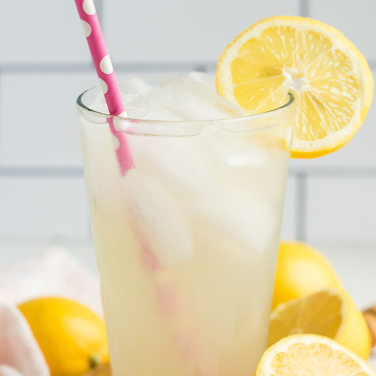 Fresh Squeezed Lemonade By The Glass Kitchen Treaty Recipes