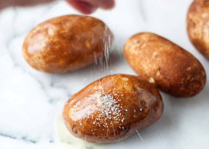 how to quickly cook baked potatoes