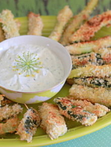 Spicy Baked Zucchini Fries with Greek Yogurt Dill Dip | Kitchen Treaty