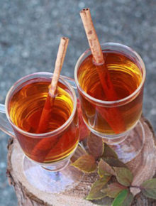 slow-cooker-hot-spiced-apple-cider