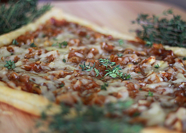 Caramelized onion, fig & Gruyere puff pastry tart with fresh thyme ...