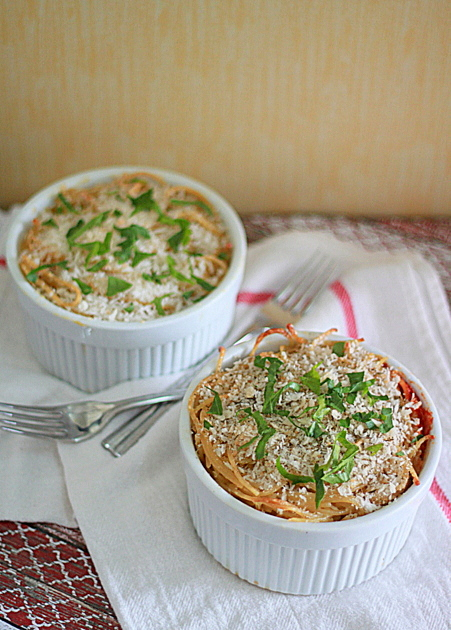 Spaghetti Pot Pies with Spinach, Ricotta, and Optional Ground Beef ...