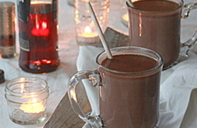 Boozy hot chocolate | Kitchen Treaty