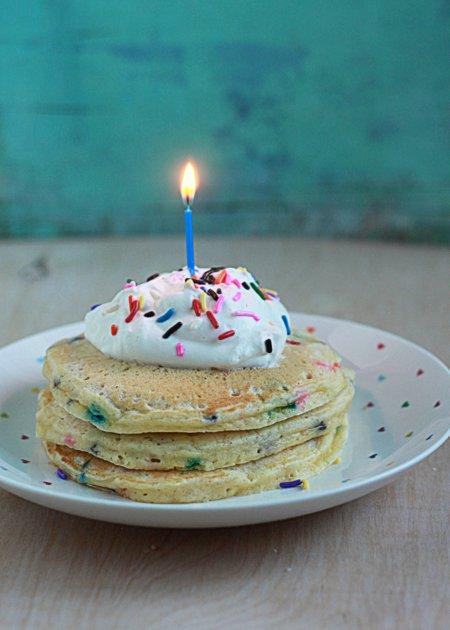 Funfetti Birthday Pancakes | Kitchen Treaty
