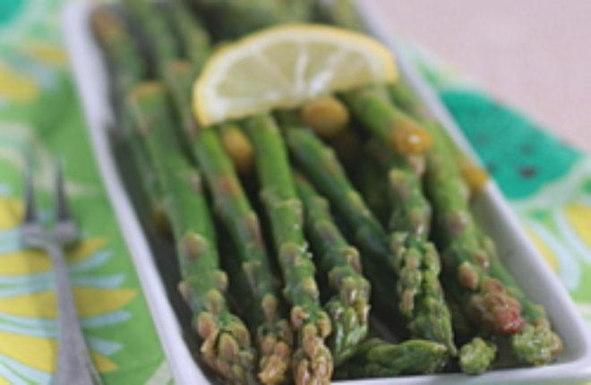 Lemony marinated asparagus | Kitchen Treaty