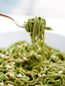 20-Minute Creamy Avocado-Kale Pasta