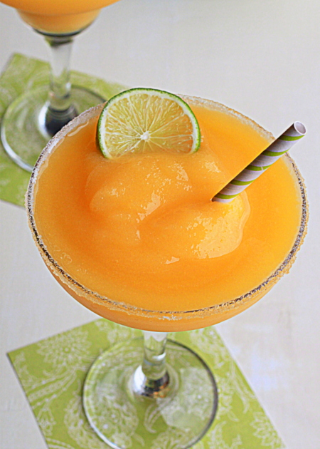 Frozen mango-lime margaritas // 40 vegetarian recipes for Cinco de Mayo + 10 bonus margarita recipes | Kitchen Treaty
