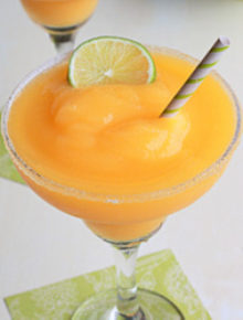Frozen mango lime margaritas | Kitchen Treaty