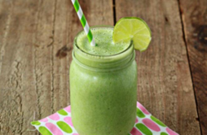 Vanilla lime green smoothie | Kitchen Treaty