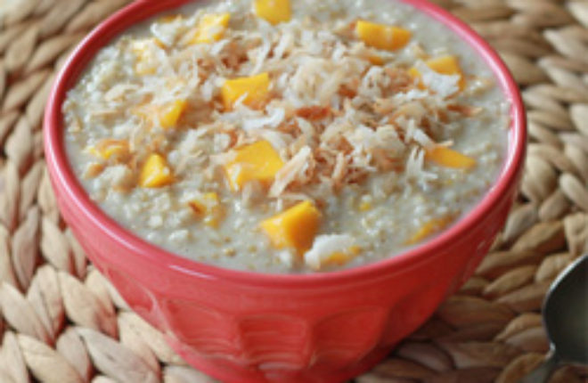 Creamy mango coconut steel-cut oatmeal | Kitchen Treaty
