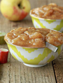Cinnamon rhubarb applesauce | Kitchen Treaty