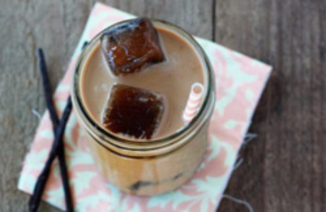 Maple vanilla iced coffee | Kitchen Treaty