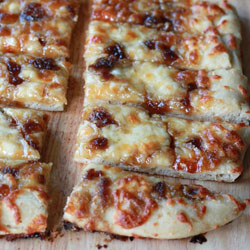 Brown sugar garlic mozzarella bread sticks | Kitchen Treaty