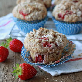 Strawberry Streusel Muffins | Kitchen Treaty