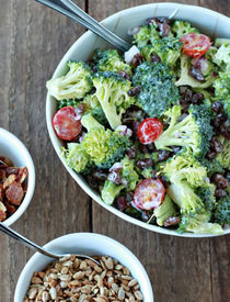 Broccoli Salad Recipe With Raisins