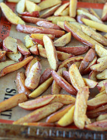 Easy Oven Fries | Kitchen Treaty
