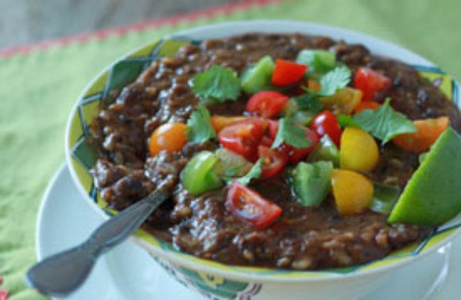 Crock Pot Vegan Black Bean & Brown Rice Soup | Kitchen Treaty