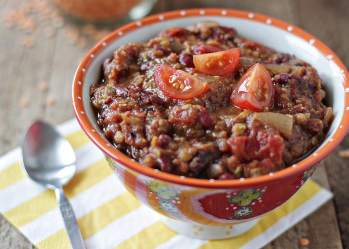 Crock Put Pumpkin Red Lentil Chili // 17 Vegetarian Crock Pot Chili Recipes
