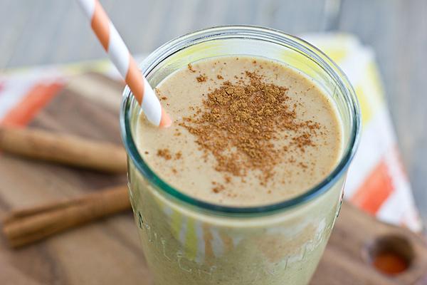 Pumpkin Spice Breakfast Shake from Oh My Veggies // 45 Glorious Pumpkin Breakfast Recipes | Kitchen Treaty