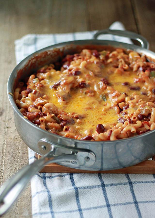 Vegetarian Chili Mac | Kitchen Treaty