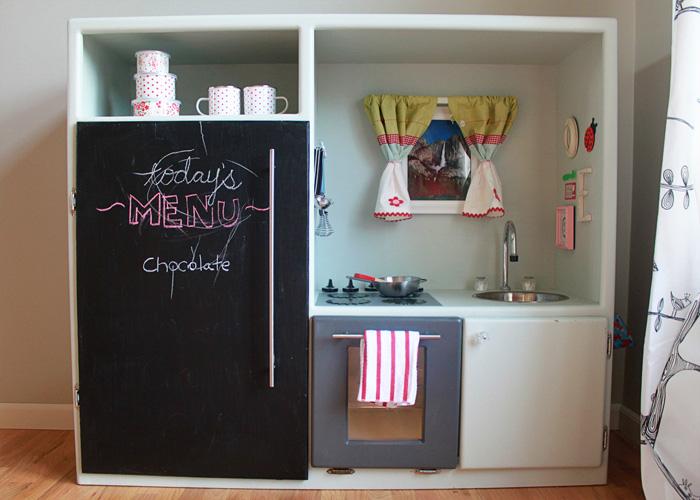 DIY Play Kitchen from Entertainment Center   Kitchen Treaty