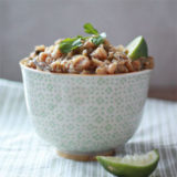 crock_pot_quinoa_white_chili_with_roasted_poblanos_sq