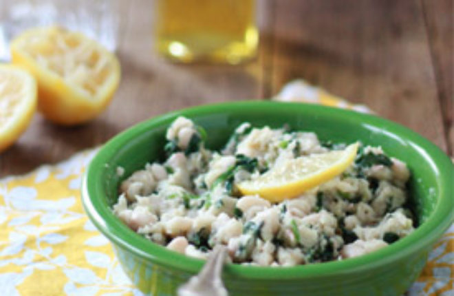 Simply Divine Mashed White Beans with Spinach, Garlic, and Lemon from kitchentreaty.com