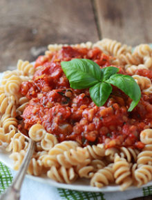 Red Lentil Marinara Sauce | kitchentreaty.com