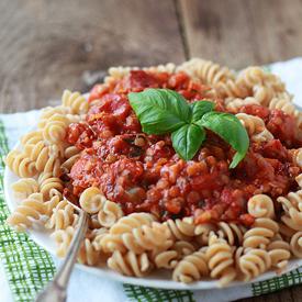 Red Lentil Marinara Sauce   kitchentreaty.com
