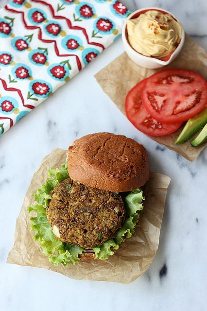 45 Veggie Burger Recipes: Cauliflower Lentil Burgers from Tasty Yummies