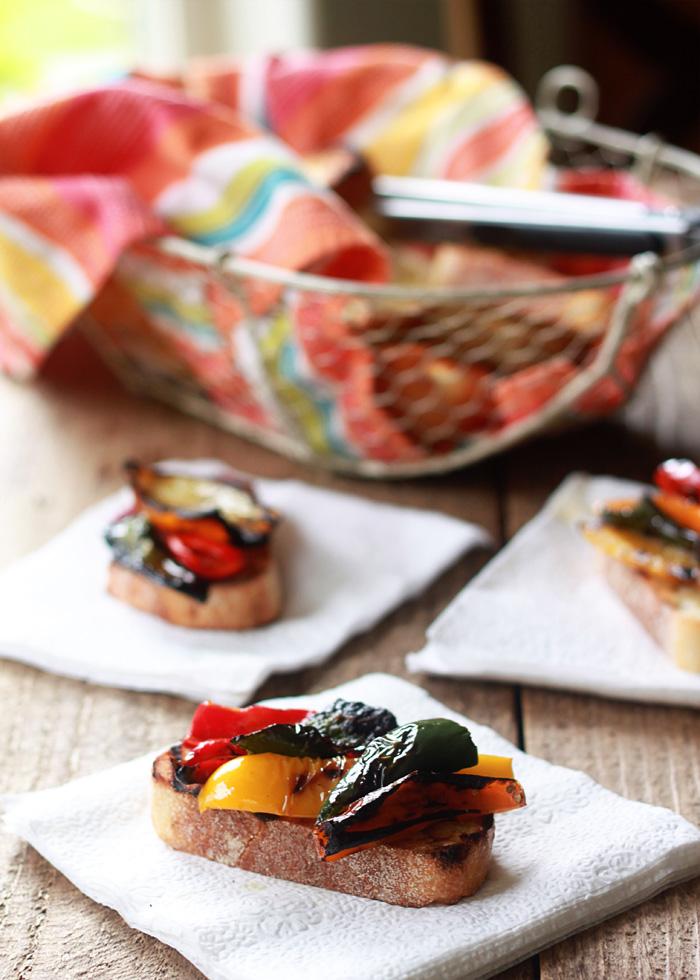 Roasted Pepper Crostini
