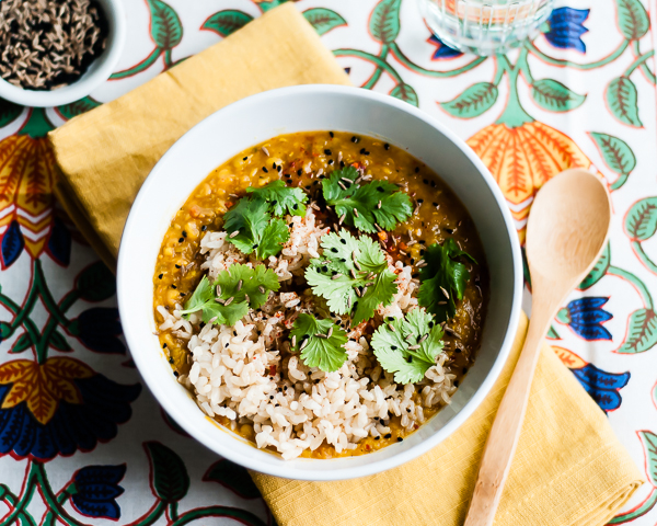 25 Easy & Hearty Vegetarian Slow Cooker Dinner Recipes | Slow Cooker Red Lentil Dal from Cafe Johnsonia