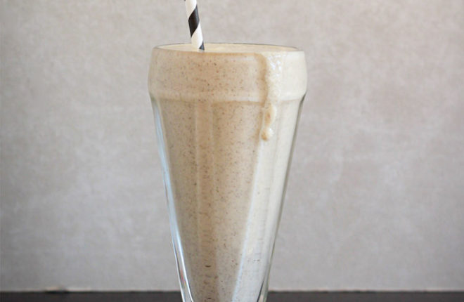 Vegan Vanilla Cashew Shake - More than 10 grams of plant-based protein (no powders!), and tastes just like a vanilla milkshake!