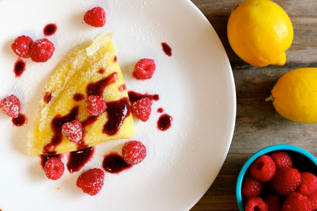 47 (Meatless!) Breakfast-for-Dinner Recipes |Gluten-Free Lemon Cream Cheese Crepes with Raspberry Sauce