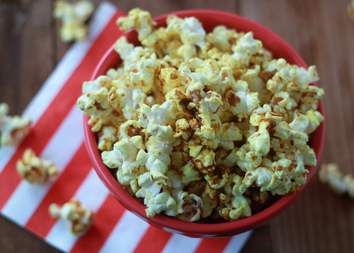 Spicy Curry Popcorn - the perfect addicting balance between sweet and spicy.