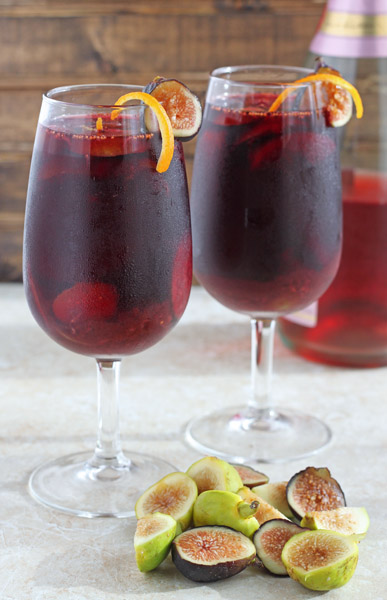 5 Festive Fall Sangria Recipes - Fall Sangria from Dessert for Two