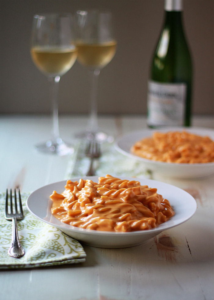 Stove-Top Butternut Squash Mac and Cheese - Tender pasta generously slathered in quite possibly the most rich and creamy cheese sauce you've ever encountered. And it's ready in well under 30 minutes!