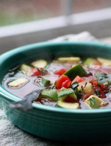 25-minute-comforting-veggie-soupsq2