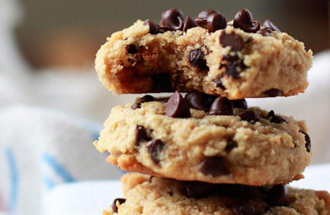 Gluten Free Peanut Butter Banana Chocolate Chip Cookies