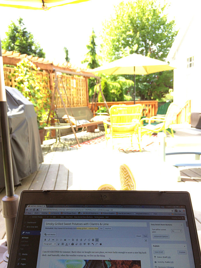 the outdoor office