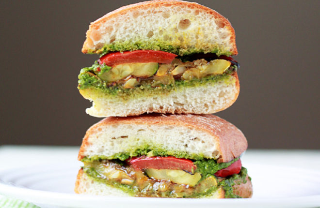 grilled-summer-vegetable-sandwiches-with-pestosq